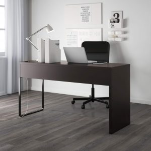 Компьютерный стол как элемент декора