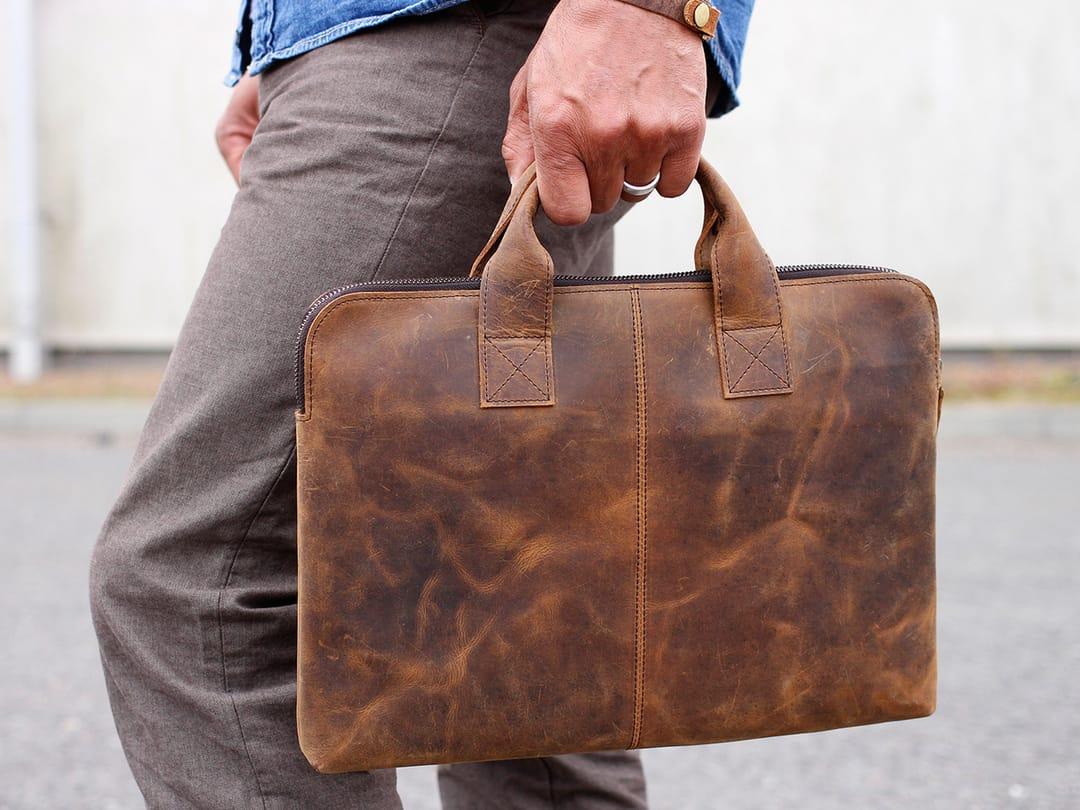 Кожаные сумки для ноутбуков
