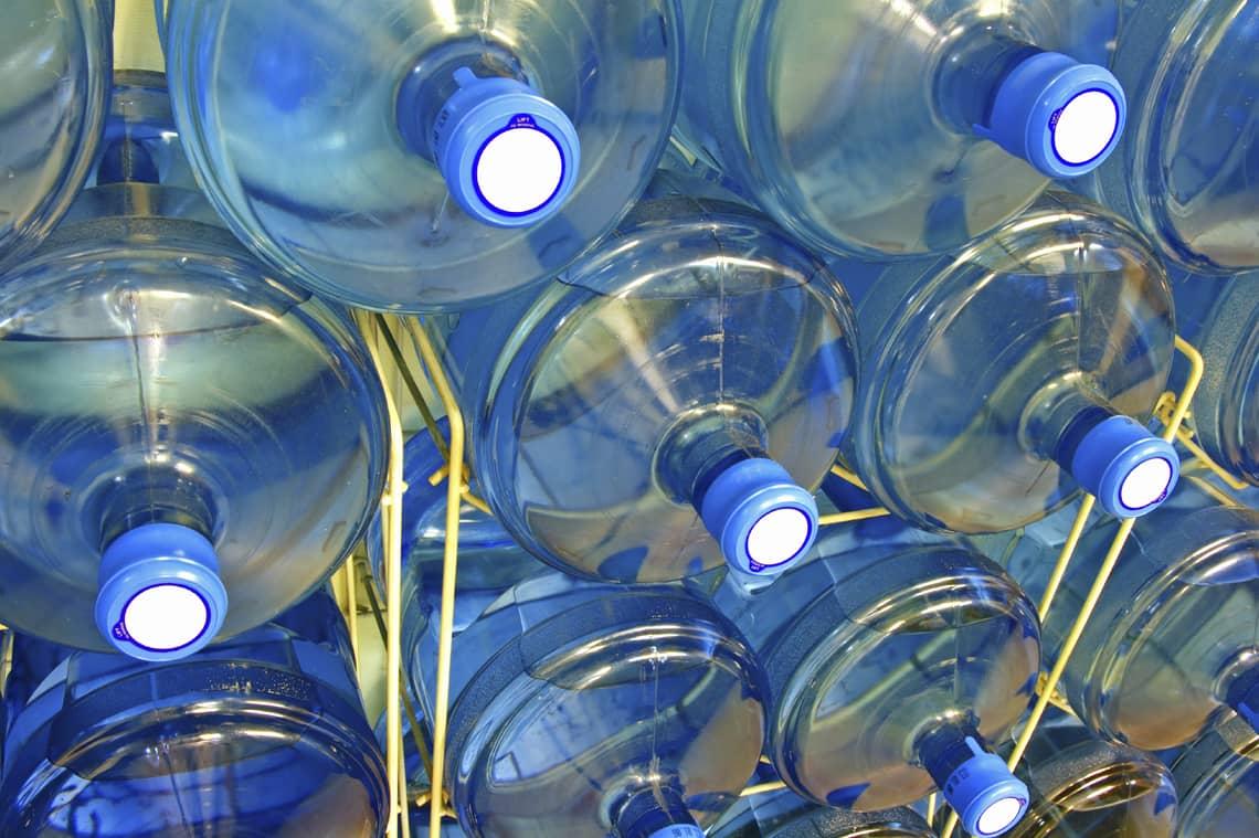 Преимущества заказа воды в офис